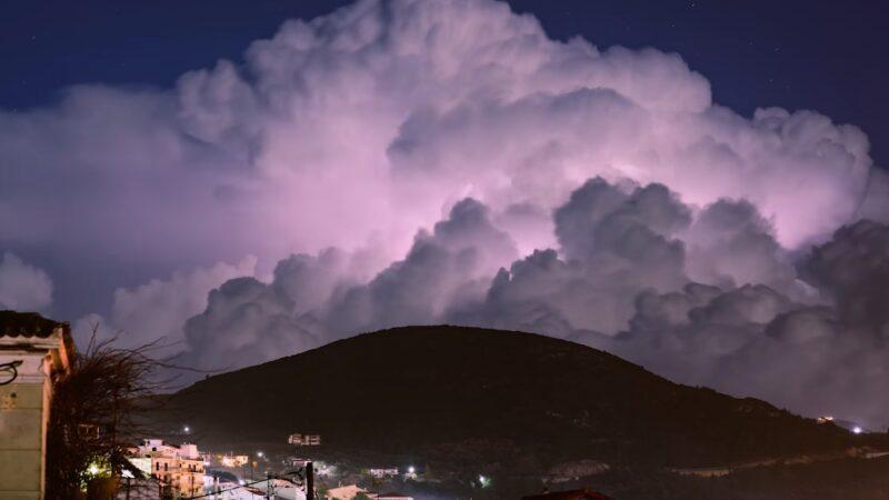Στο ίδιο μοτίβο συνεχίζει ο καιρός και την Παρασκευή, βροχές και τοπικές καταιγίδες σε αρκετές περιοχές. Πρόγνωση καιρού Παρασκευή 29/5/20.