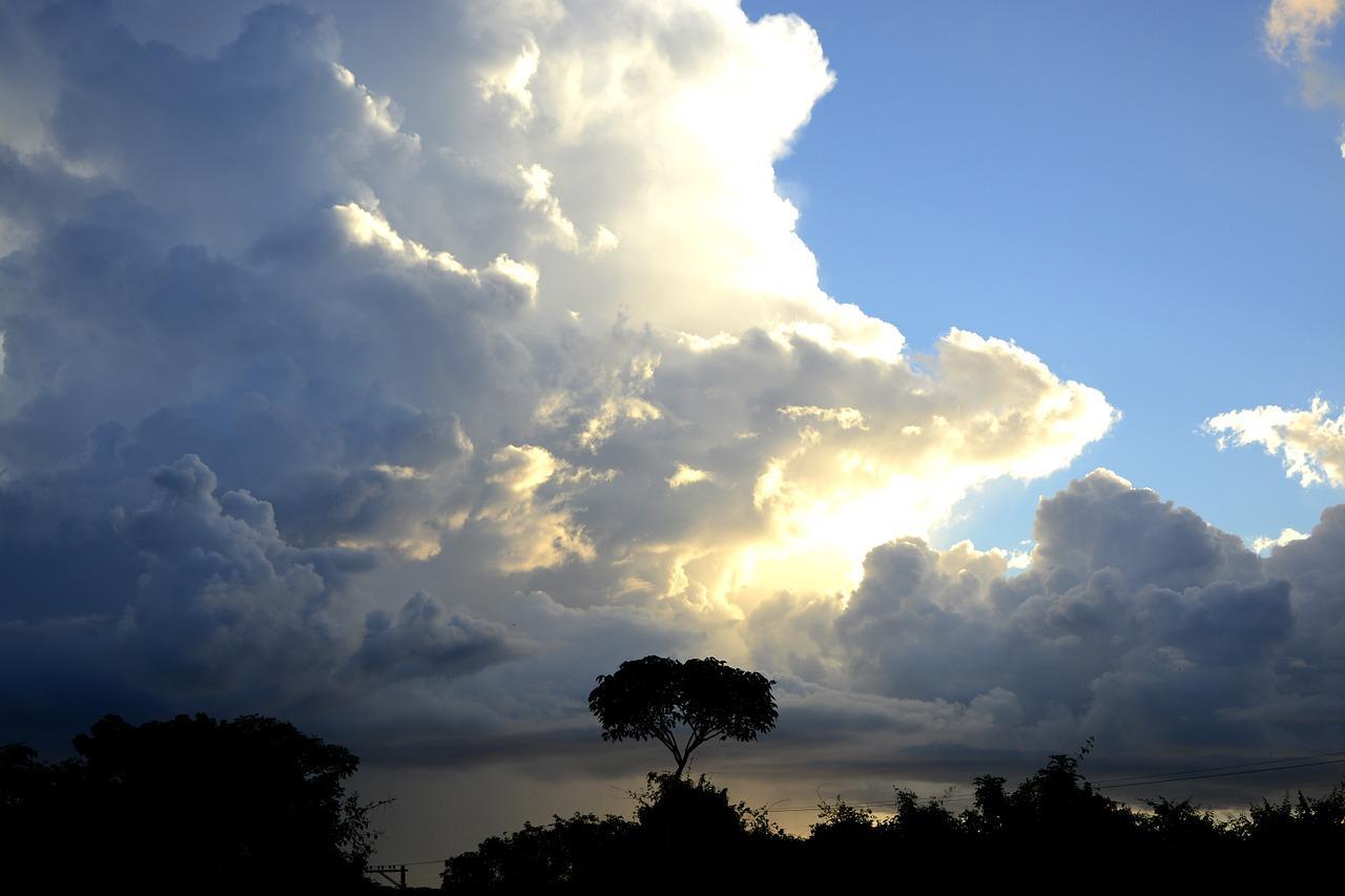 Περιορίζονται οι βροχές το Σάββατο. Πρόγνωση καιρού Σάββατο 30/5/20.
