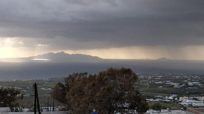 Τοπικές βροχές στα Κεντρικά και Βόρεια, Ήλιος και αίθριος καιρός στα Νότια. Πρόγνωση καιρού Τρίτη 9/6/20.