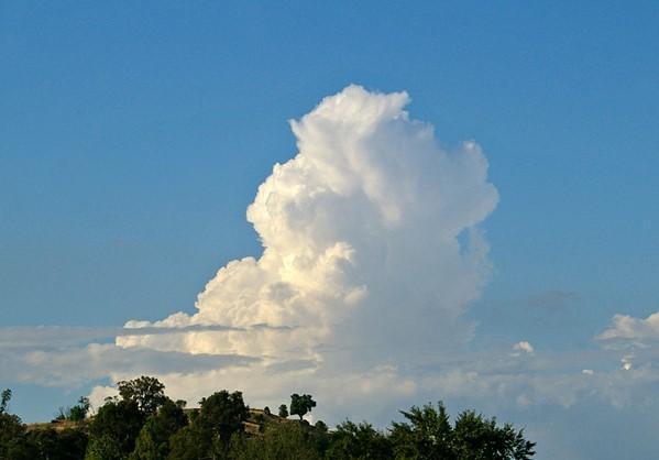 Ζέστη και λίγες βροχές σε Ηπειρωτικές περιοχές. Πρόγνωση καιρού Παρασκευή 3/7/20.
