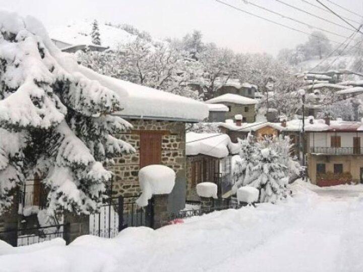 Χιόνι στην Μηλιά Μετσόβου 27/12/20.