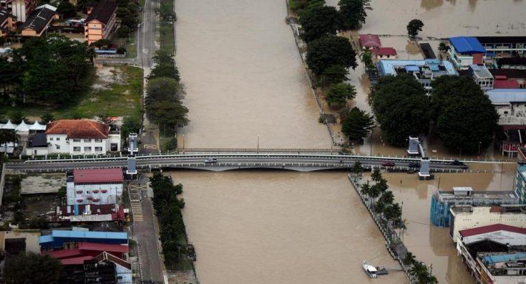 Σφοδρές πλημμύρες στη Μαλαισία