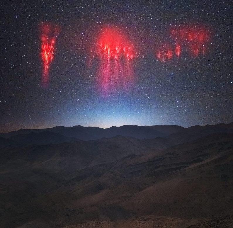 Η «Κόκκινη Μέδουσα»: Το σπάνιο φαινόμενο που εμφανίστηκε στον ουρανό (video).