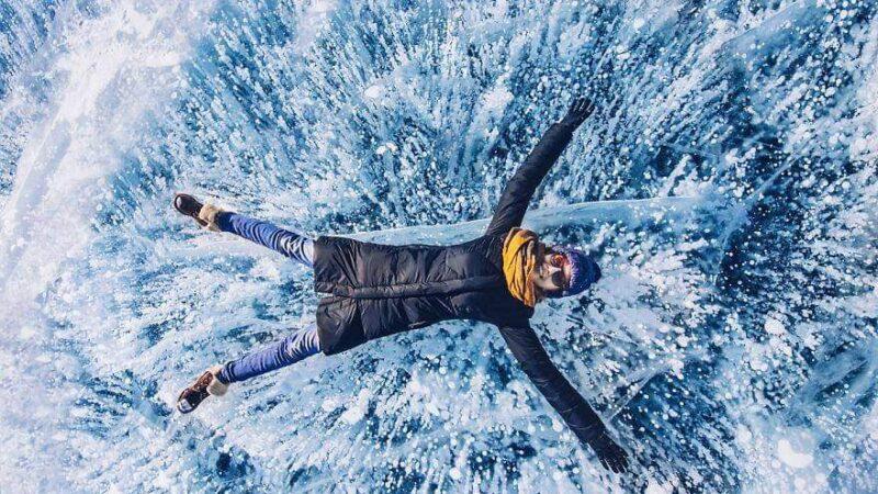Εντυπωσιακές εικόνες από το «Μπλε Μάτι της Σιβηρίας»